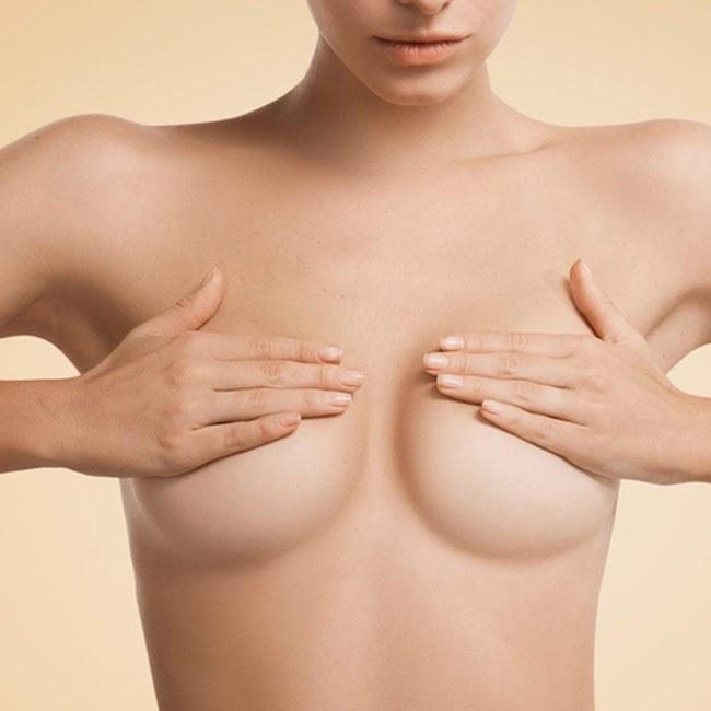 Undgå at komme under kniven - Naturlige måder til større bryster